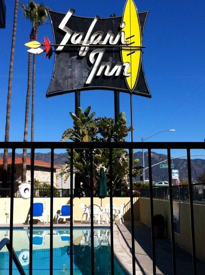 Poolside at the Safari Motor Inn