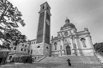 monte berico basilica_b&w