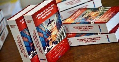 """Bureau of Customs Launches the Book """"Compendium on Customs Seizure and Forfeiture Proceedings"""""""