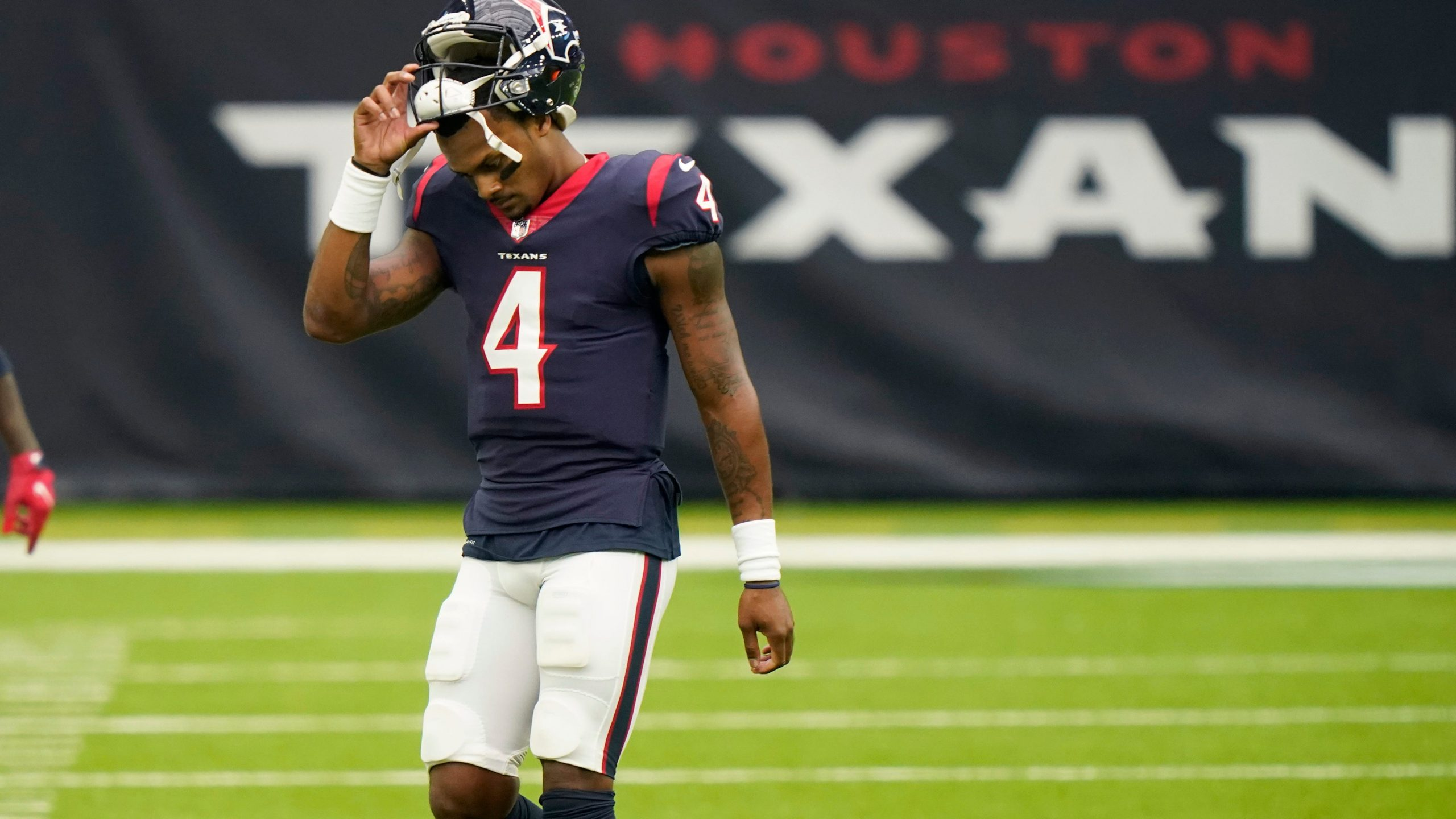 The Eagles Are Reportedly Out On Deshaun Watson