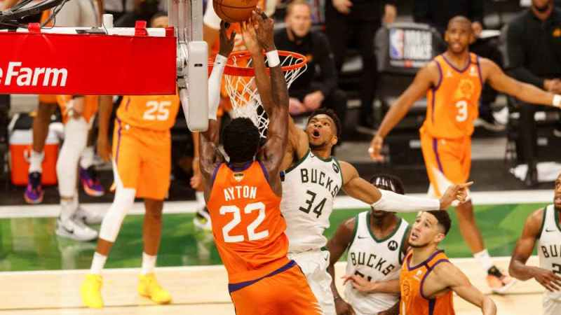 """Inside """"The Block"""" And How Giannis Saved Milwaukee's Title Hopes"""