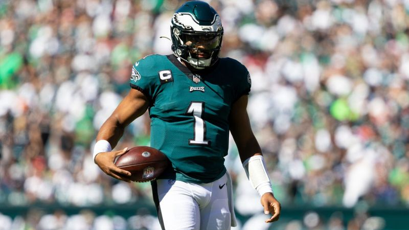 Five Predictions For The Eagles' Monday Night Matchup In Dallas