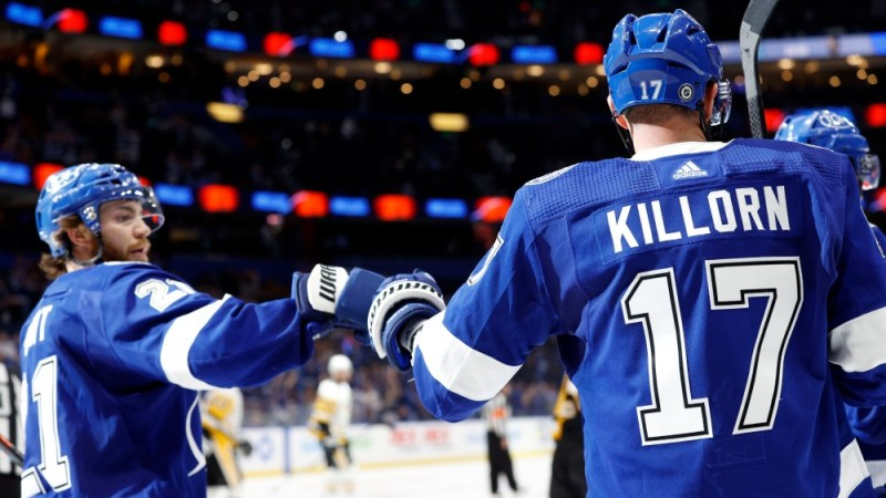 Lightning Outplayed By Pittsburgh In Home Opener