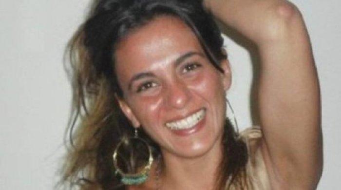 """La despedidora de La Cámpora tiene un tatuaje: """"No fue magia""""."""