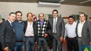 Salinas, en una foto con otros representantes del sector.