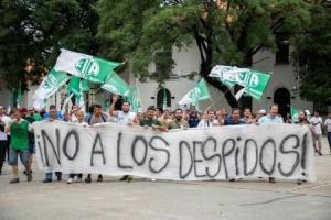 Protestas gremiales que podrían repetirse ante fusiones de ministerios.