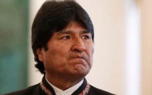 Malabares de Evo Morales. Podría ir a la contracumbre mientras negocia ingreso pleno al Mercosur.