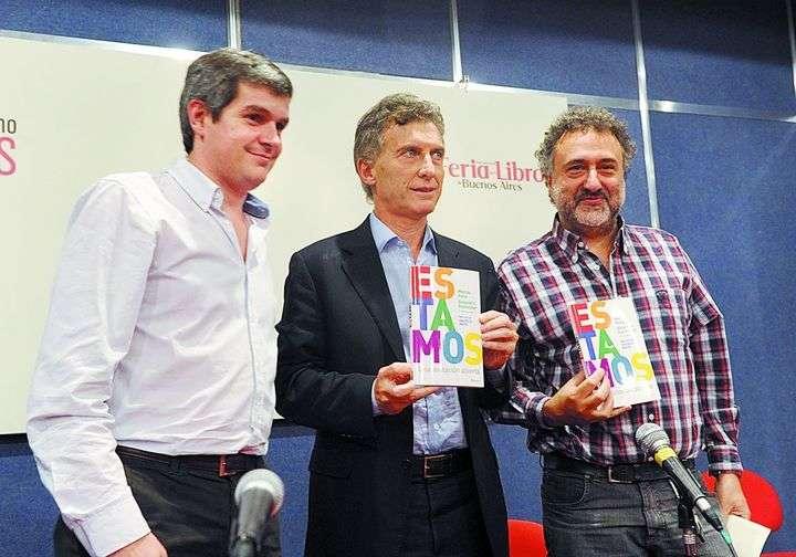 Peña, Macri y Rozitchner cuando presentaban un libro. Ahora el primero se quejó y el último aprueba el discurso.