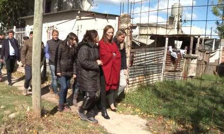 El Gobierno lleva entregados más de 63 mil certificados de vivienda en villas, un tercio de ellos en el Conurbano