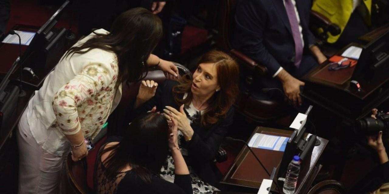 """Ahora Cristina quiere abrazar una """"agenda feminista"""""""
