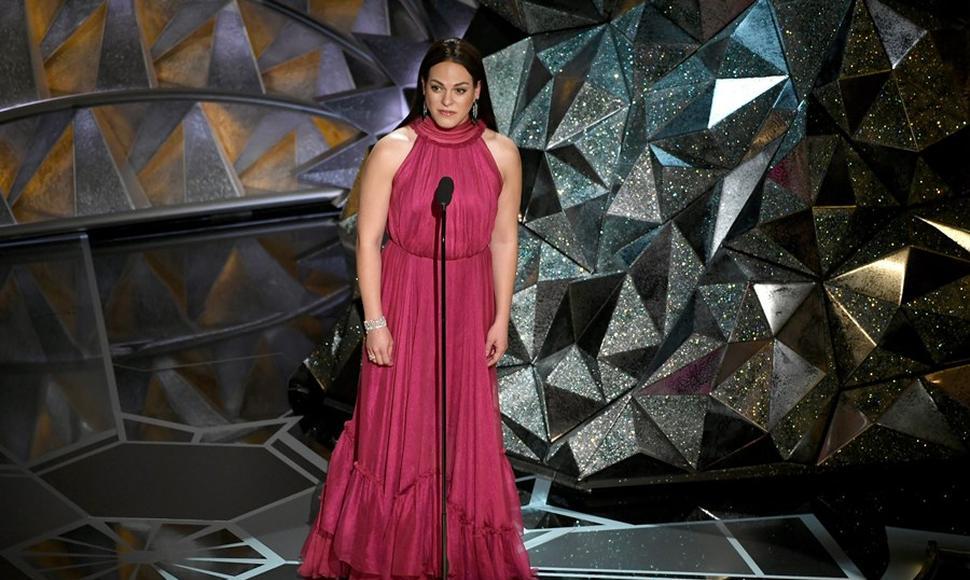 La actriz Vega, en los Oscars. En su país no reconocen su género.