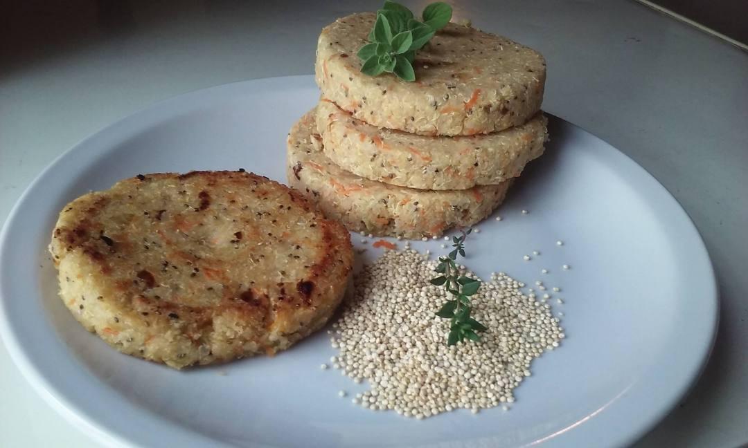 Estas son mis milanesas de quinoa. Pronto prometo receta….!