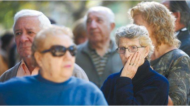 El gobierno quiere una reforma previsional «en cuotas»