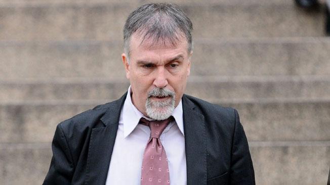 """Negocios en pandemia: una oscura compra de guantes """"para donar"""", detrás de un escándalo de Claudio Morgado en la Provincia"""