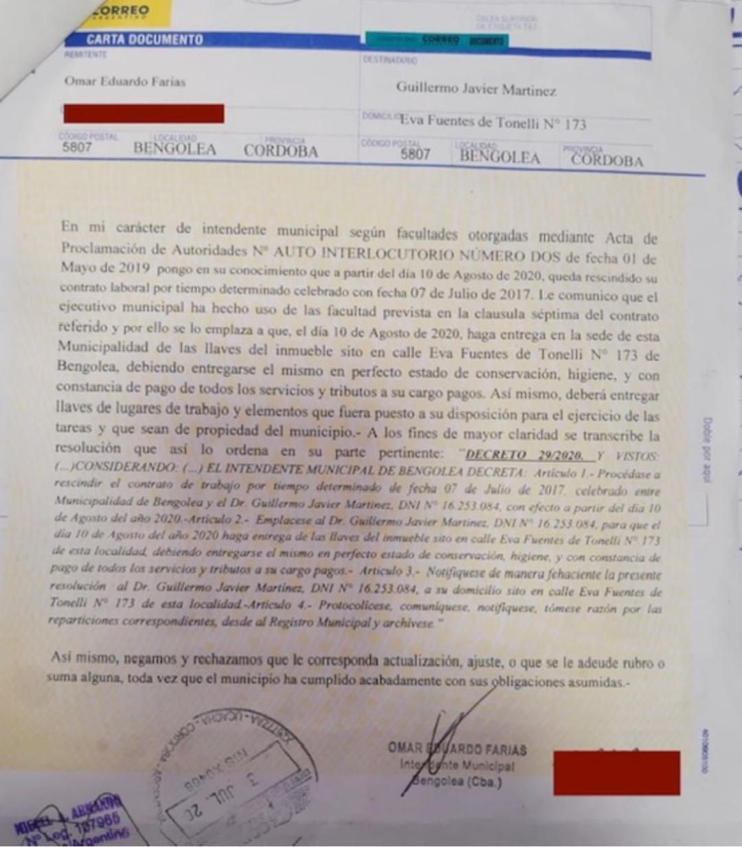 Carta Documento enviada por la Municipalidad de Bengolea pidiendo la cesación de servicios médicos de Guillermo Martínez.