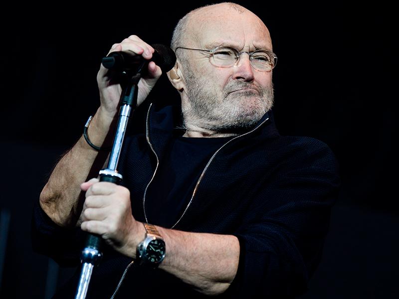 El drama de Phil Collins: su pareja lo dejó por mensaje de texto