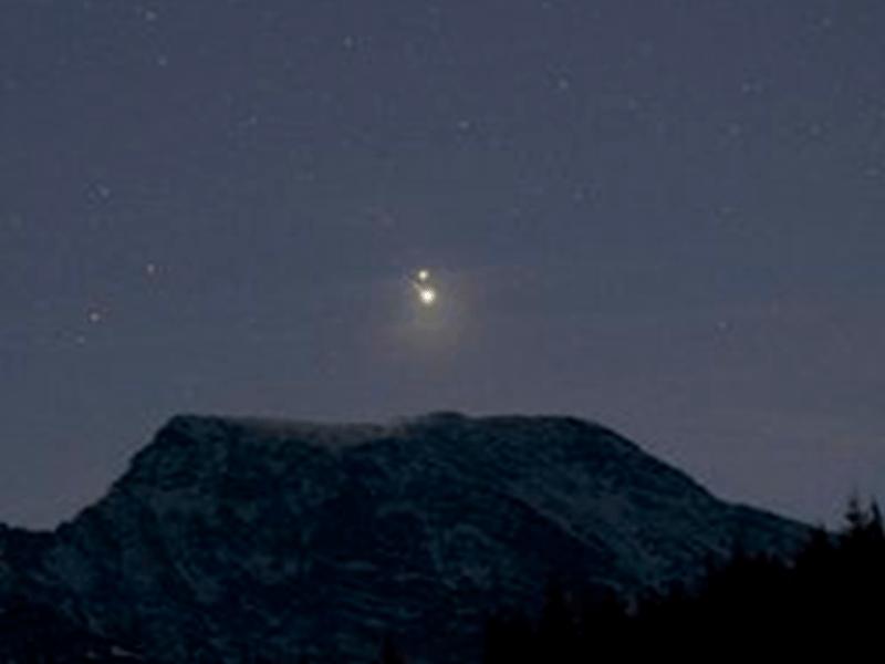 Estrella de Belén: las mejores imágenes del fenómeno astronómico que «unió» Jupiter y Saturno