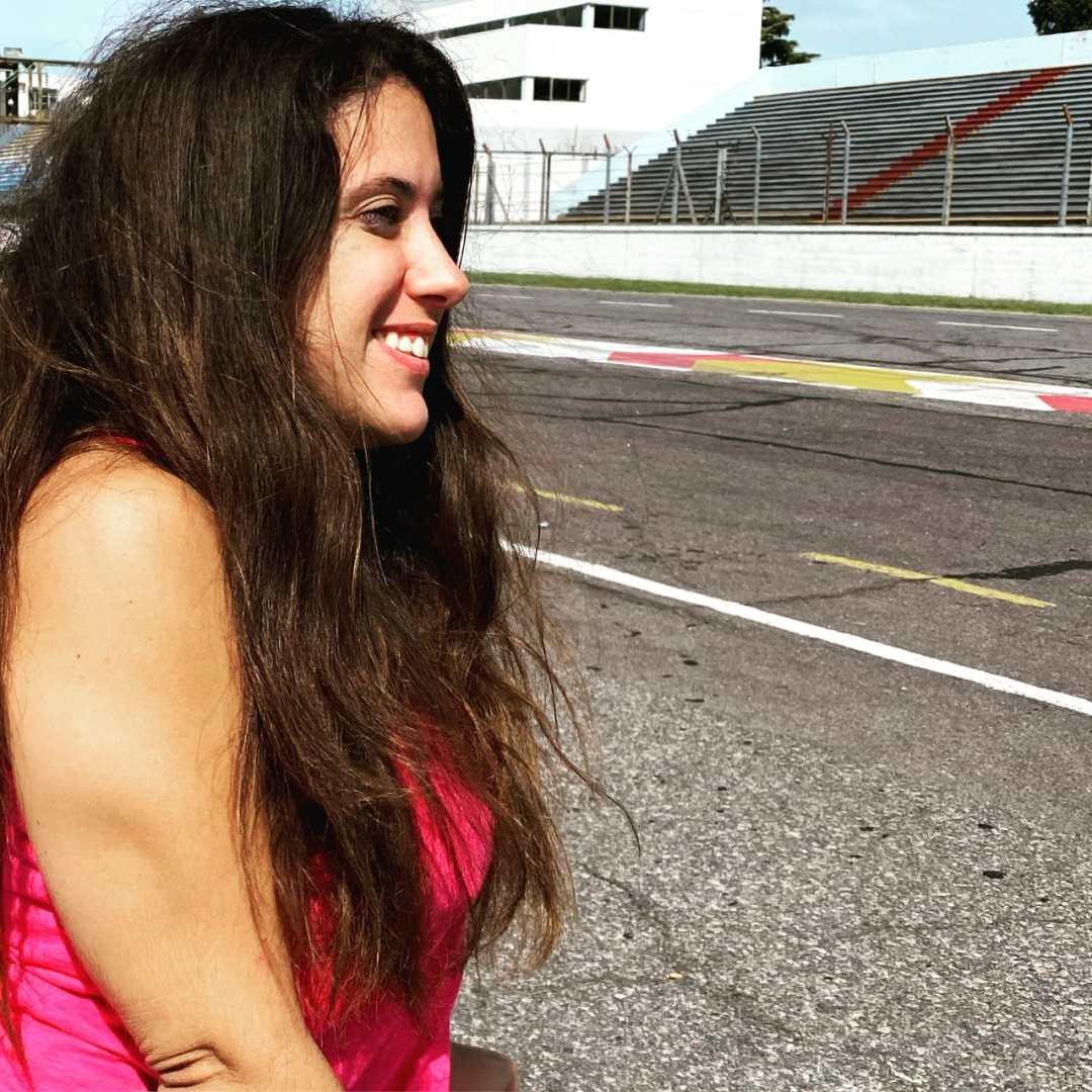Belén Ameijenda busca ser la primera piloto con discapacidad del automovilismo latinoamericano