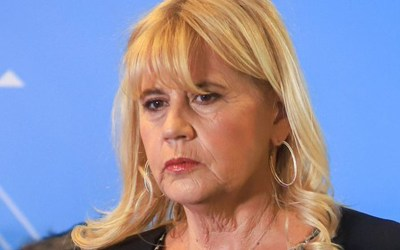 Alberto Fernández confirmó la salida de Marcela Losardo