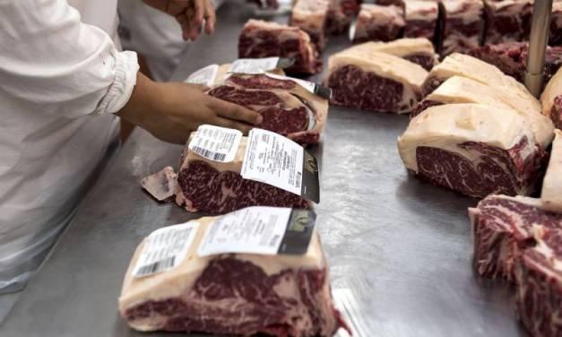 Cepo a la exportación de carne: el Gobierno planea acordar precios «locales» con los productores