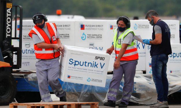 Sputnik V: 1,2 millones de personas esperan la segunda dosis hace más de tres meses