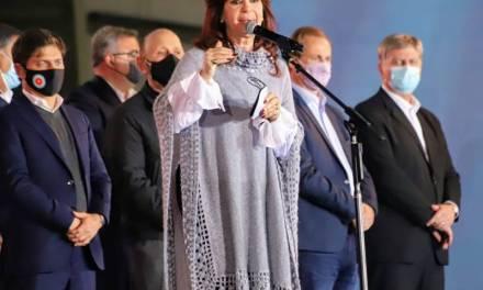 El discurso de cierre de campaña de Cristina Kirchner: los guiños a Alberto Fernández y una nueva crítica a sus funcionarios