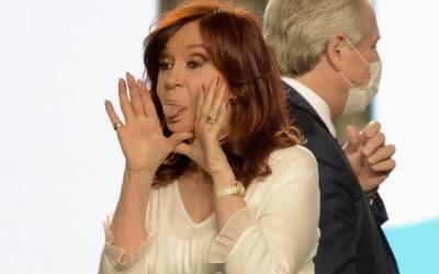 María Julia Oliván: «La sociedad está apática porque descree de la clase política»