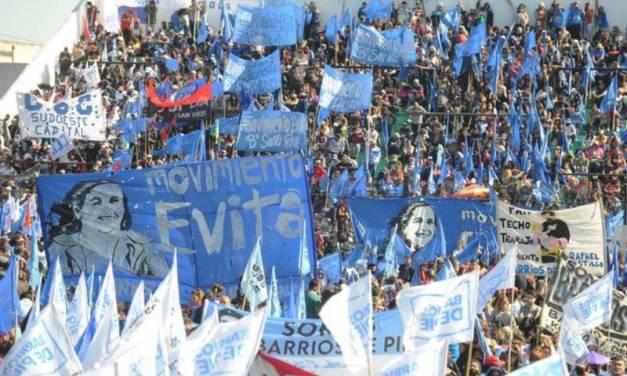 Polémica por el aforo en un acto que encabezó Alberto Fernández