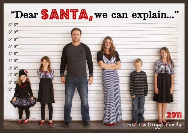 Holiday Hilarity With a tongue-in-cheek pose like this you can easily transform your family photo into a fun holiday greeting card! SUMMERTIMEDESIGNS.BLOGSPOT.CA