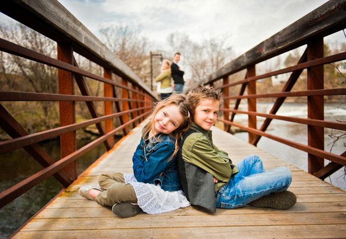 Family Photo idea by Bake photography
