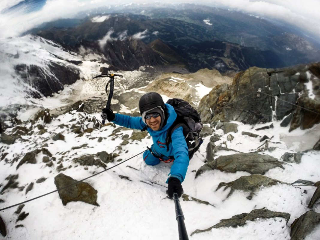 Some of the Most Extreme Selfies Around the Globe
