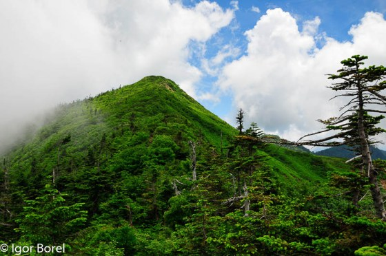 Hotakayama 武尊山, 2.158 m