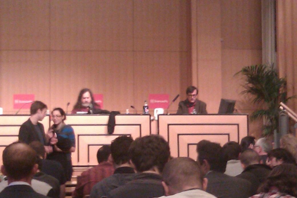 Stallman et le directeur technique de Sciences Po