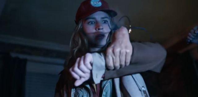 Tomorrowland clip