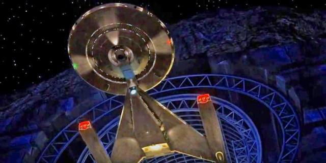 USS Discovery Star Trek 2016 take off