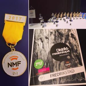 Medaljer, pokaler og program