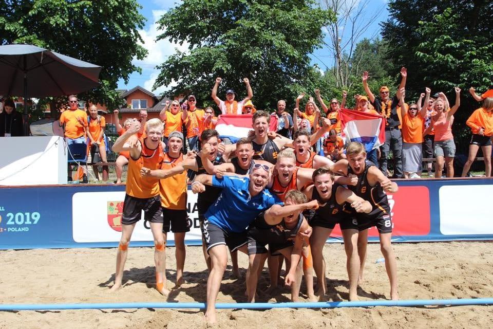 WhatsApp Image 2019 06 28 at 14.42.42 - 🧡 | Speckmann en Hazewinkel succesvol in Polen met oranje U17 Beach