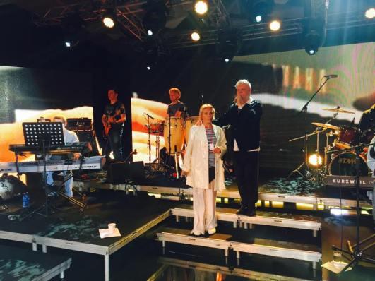 boris-moiseev-jurmala-festival-laima-vaikule-novaya-volna-2015-14