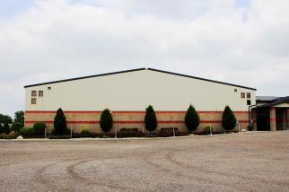 post frame gymnasium, pole barn school building