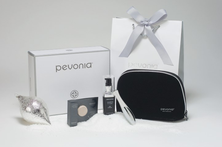 New Year- New You-Pevonia Botanica lumafirm Eye and Face Lift and Glow Gift Set