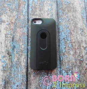 iLuv Selfy- Smartphone Case with Wireless Camera Shutter!
