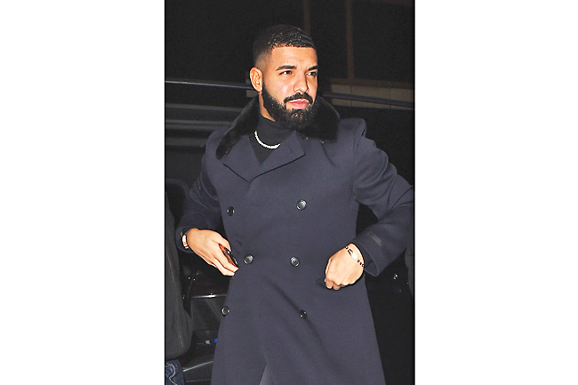 Drake 'so hurt' by dad's claims he lied to sell records 2