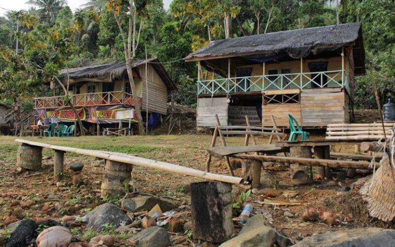 penginapan di Pulau lemukutan