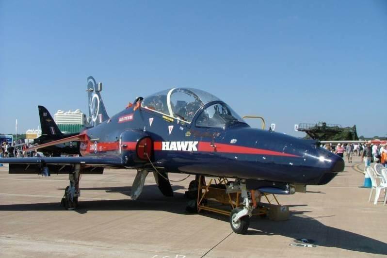 pesawat tempur indonesia BAE Hawk 209