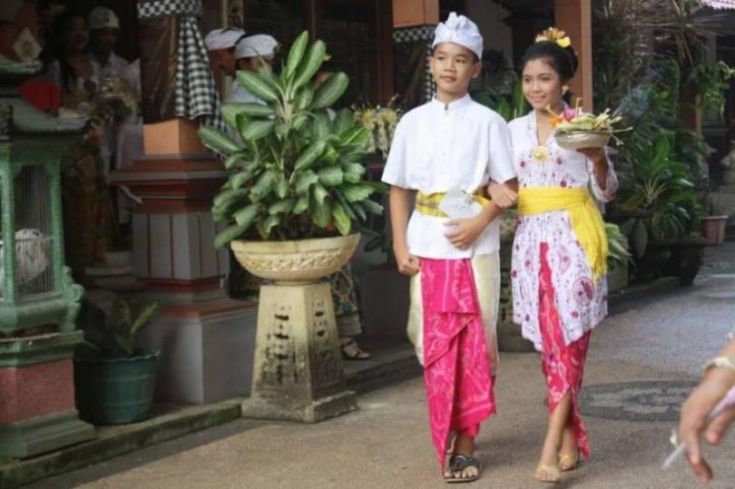 Baju Safari Bali