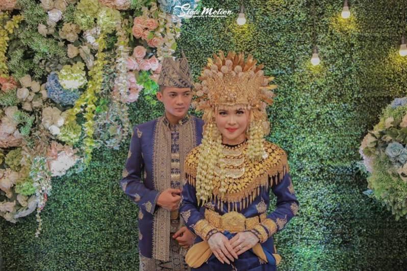 Busana Adat Jambi untuk Pernikahan