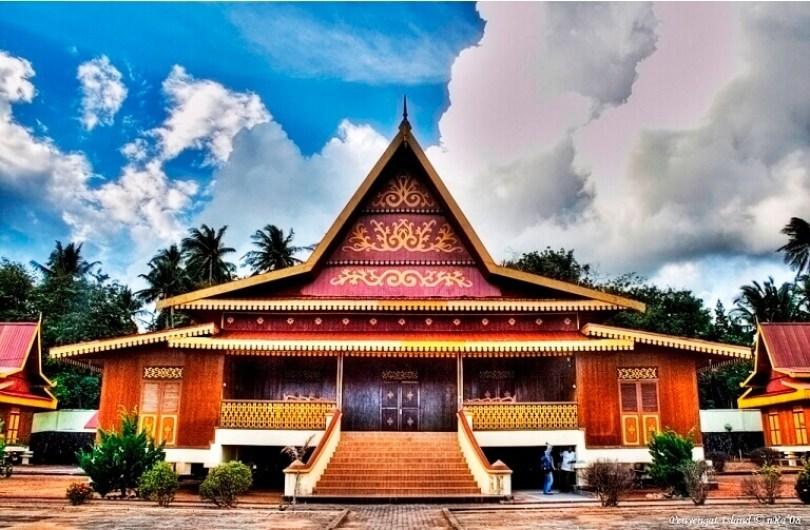 Balai Salaso Jatuh