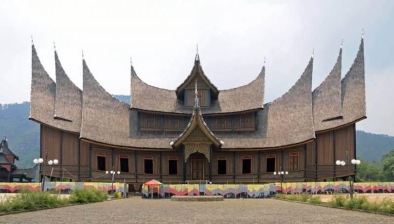 Istana Pagaruyung Sumatra Barat