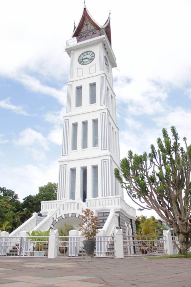 Jam Gadang Bukittinggi Padang