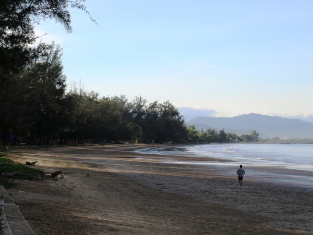 02 Tg Aru beach IMG_0007